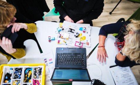 educational technologists training in Estonia, computer robotics